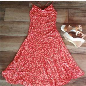 Diane Von Furstenberg Dress • 10